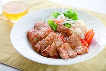 粕味噌漬け豚バラ焼き
